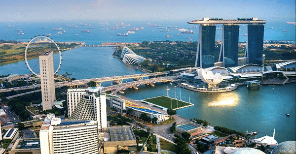 Singapore Development Growth The dollar decline continues: China begins direct convertibility to Asias #1 financial center