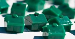 Monopoly-houses